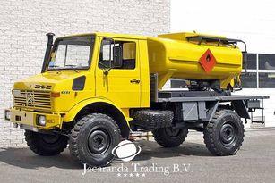 MERCEDES-BENZ UNIMOG 1300 brandstoftruck