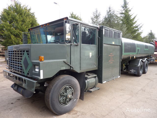 Oshkosh aircraft refueler brandstoftruck