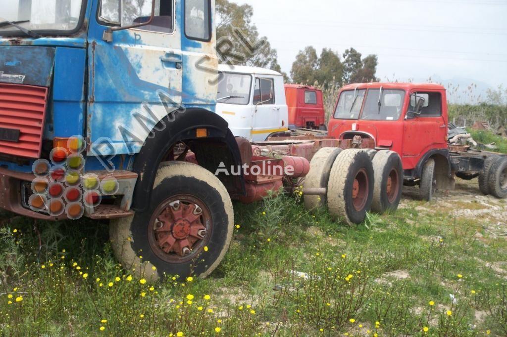 IVECO 330 26 chassis vrachtwagen