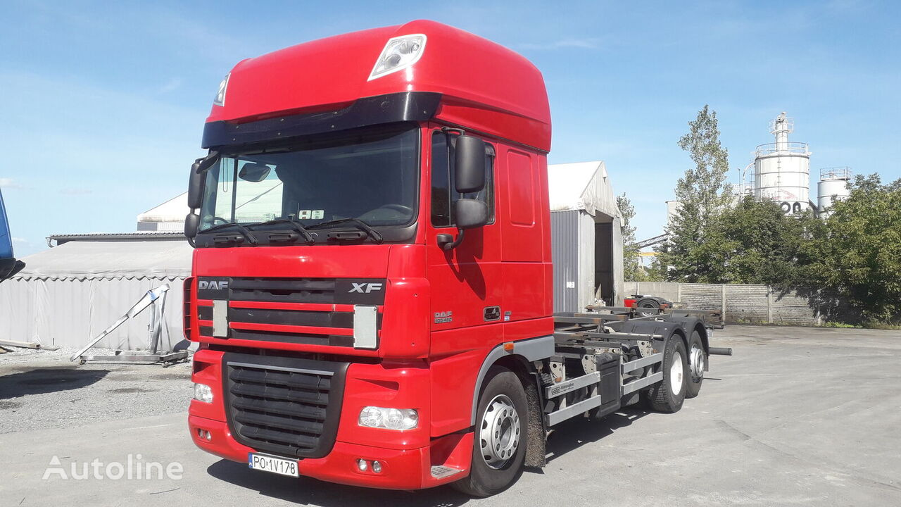 DAF XF 105.460 containertransporter