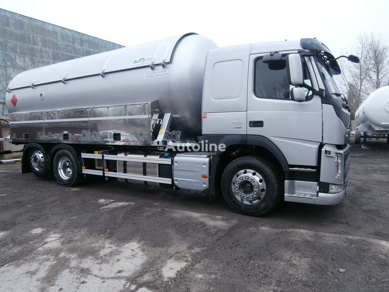 VOLVO gas tank truck + aanhangwagen