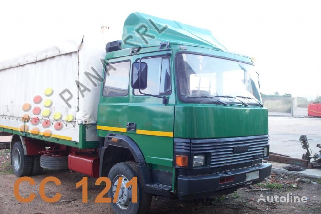 IVECO 135 17 huifzeilen vrachtwagen
