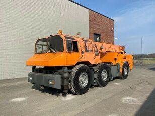 LIEBHERR FKM-3 6x6x6 30t Top Zustand German Crane kipper vrachtwagen