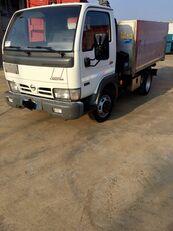 NISSAN CABSTAR 45.13 Ribaltabile + Gru kipper vrachtwagen