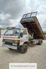 TOYOTA Dyna 300 14B 3.6 diesel left hand drive 7.5 ton kipper vrachtwagen