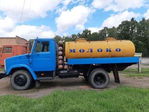 ZIL 433362 melkwagen