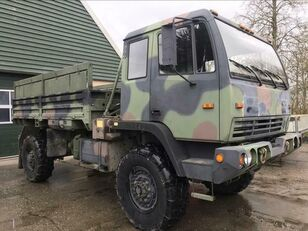 STEYR M1078 LMTV open laadbak vrachtwagen