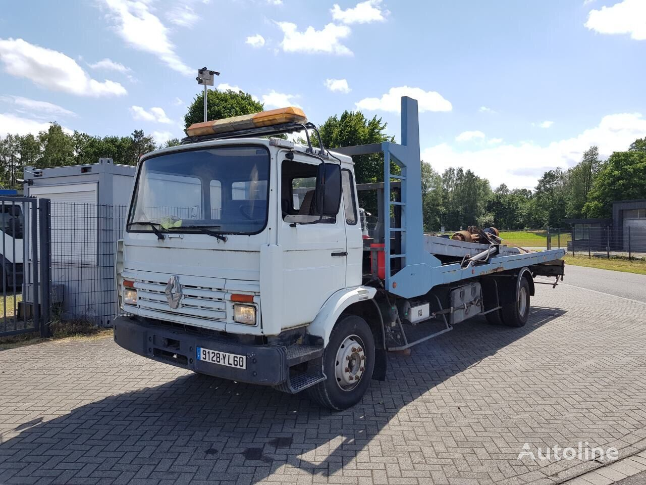 RENAULT G260 Depanage takelwagen