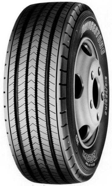 nieuw Bridgestone R227 245/70 R 17.50 vrachtwagenband